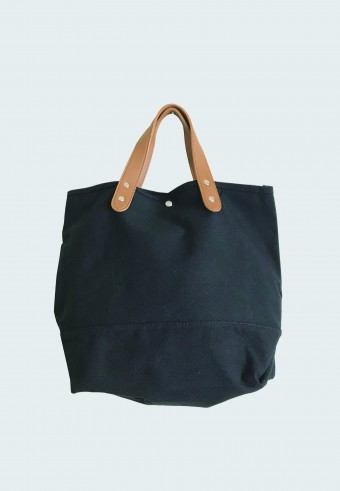 COTTON SLING BAG IN BLACK