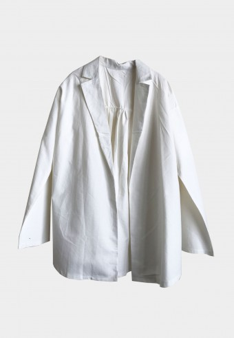 BASIC COTTON OUTERWEAR IN WHITE 2