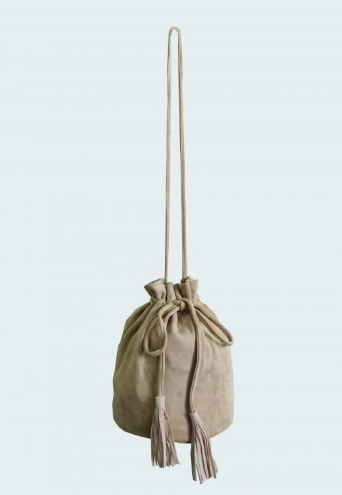 POUCH STRING BAG IN LIGHT BROWN 141