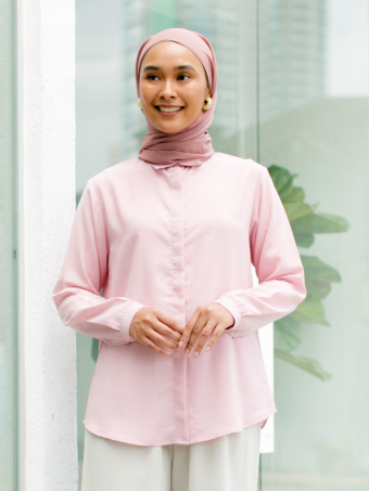 Lesly blouse in Bandung