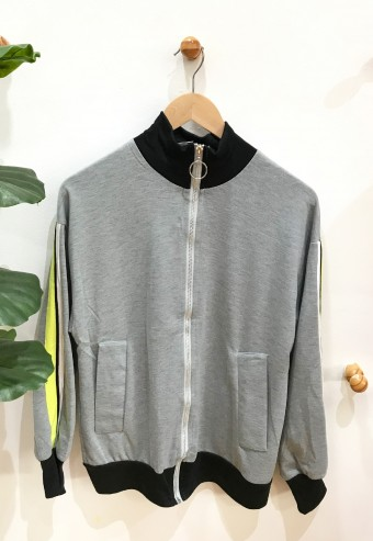 JACKET WITH STRIPED AT SLEEVE IN GREY