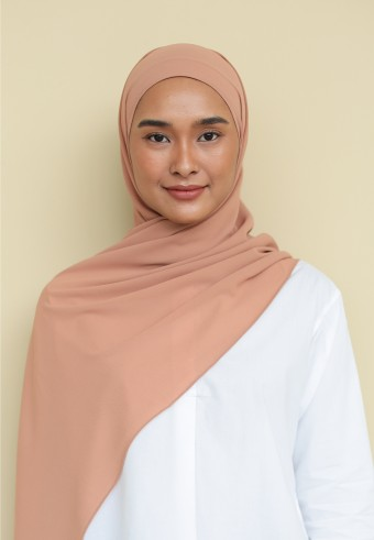 Inaya shawl in salmon