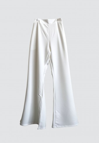 STRAIGHT CUT PANTS IN WHITE