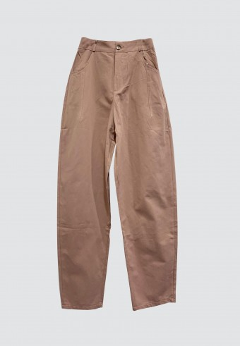 BUTTON TAPPERED PANTS IN DUSTY PINK