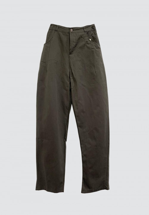 BUTTON TAPPERED PANTS IN DARK GREY 32