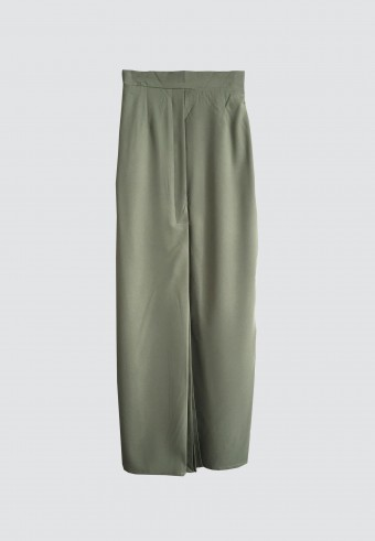 FRONT PLEATED SKIRT IN ARMY GREEN 177