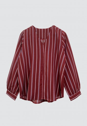 V-NECK STRIPED TOP IN MAROON