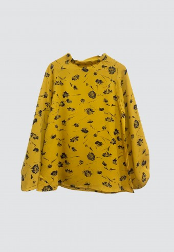 SCOOP NECK PRINTED TOP IN MUSTARD