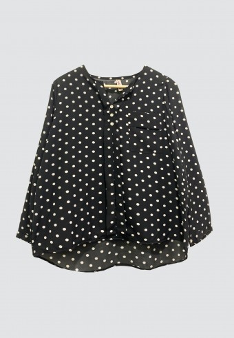 SIDE POCKET POLKA DOT TOP IN BLACK