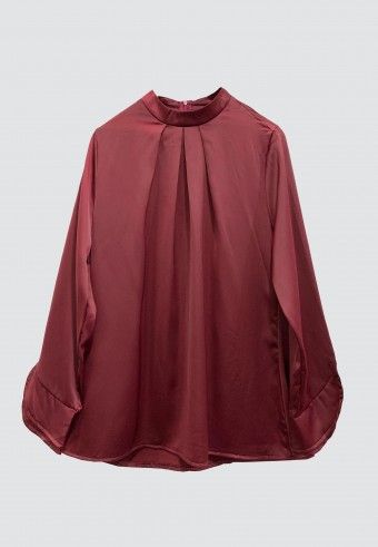 COLLAR SATIN TOP IN MAROON
