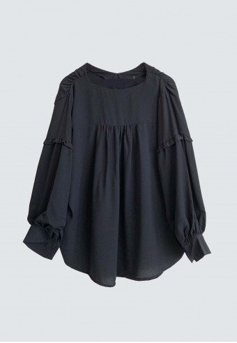 MINI SHOULDER RUFFLE TOP IN BLACK