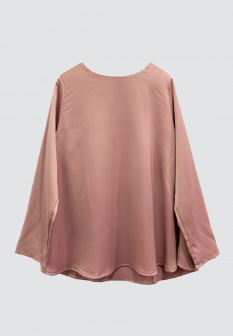 LOOSE SATIN TOP IN DUSTY PINK