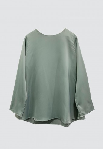 LOOSE SATIN TOP IN GREY