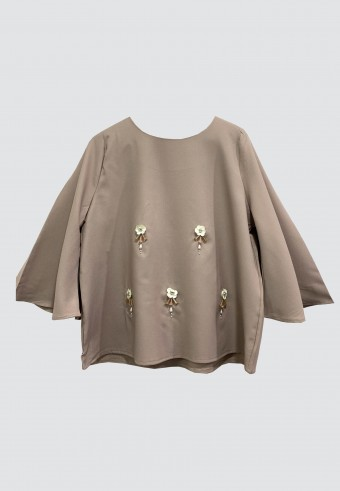 FLOWER BELL TOP IN SANDY BROWN
