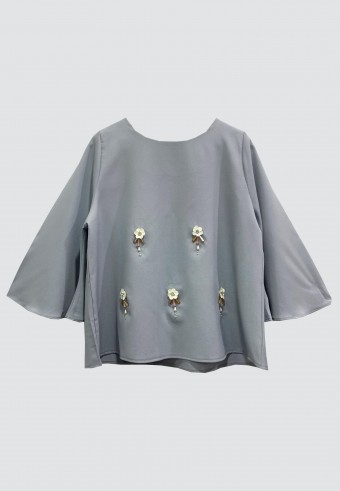 FLOWER BELL TOP IN DUSTY GREY