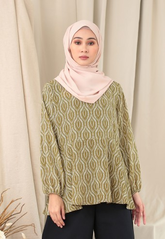 PRINTED CUFF TOP IN OLIVE