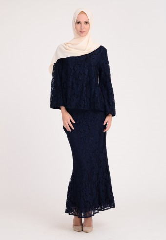 MISS MORGAINE IN NAVY BLUE