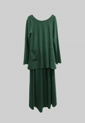 WOOL TOP AND SKIRT SET IN GREEN